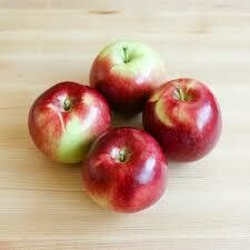 Apples - Empire - 1 lb (Champlain Orchards)
