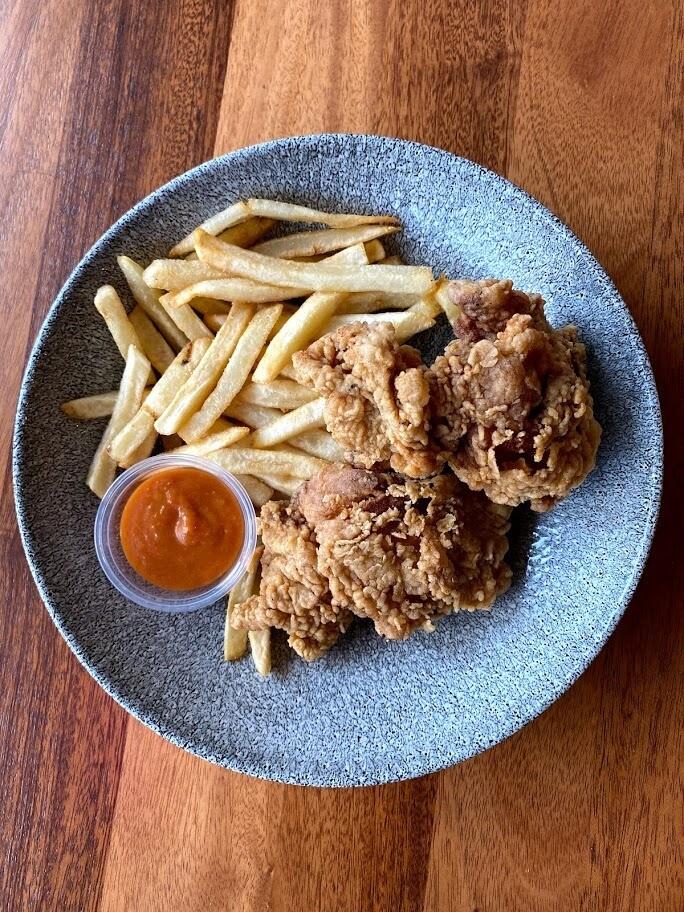 Fried Chicken & Fries