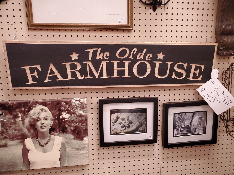 The Olde Farmhouse Sign