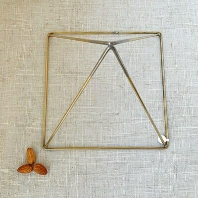 Pyramid Energizer