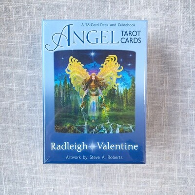 Angel Tarot Cards : A 78-Card Deck and Guidebook