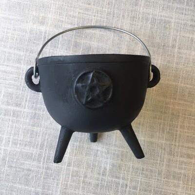 "Cauldron Cast Iron Pentagram 4.25"""