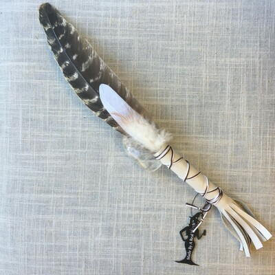 Smudge Feather ~ Light Tan