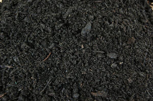 1/2 YARD GRO-MAX PREMIUM GARDEN SOIL