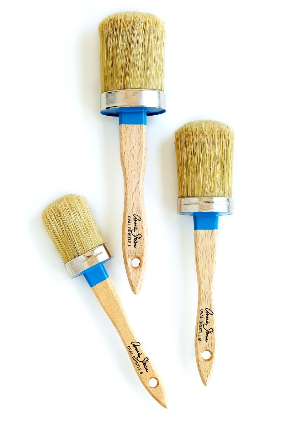 Annie Sloan Small Brush