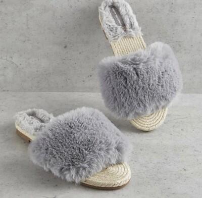PYL House Shoe Small