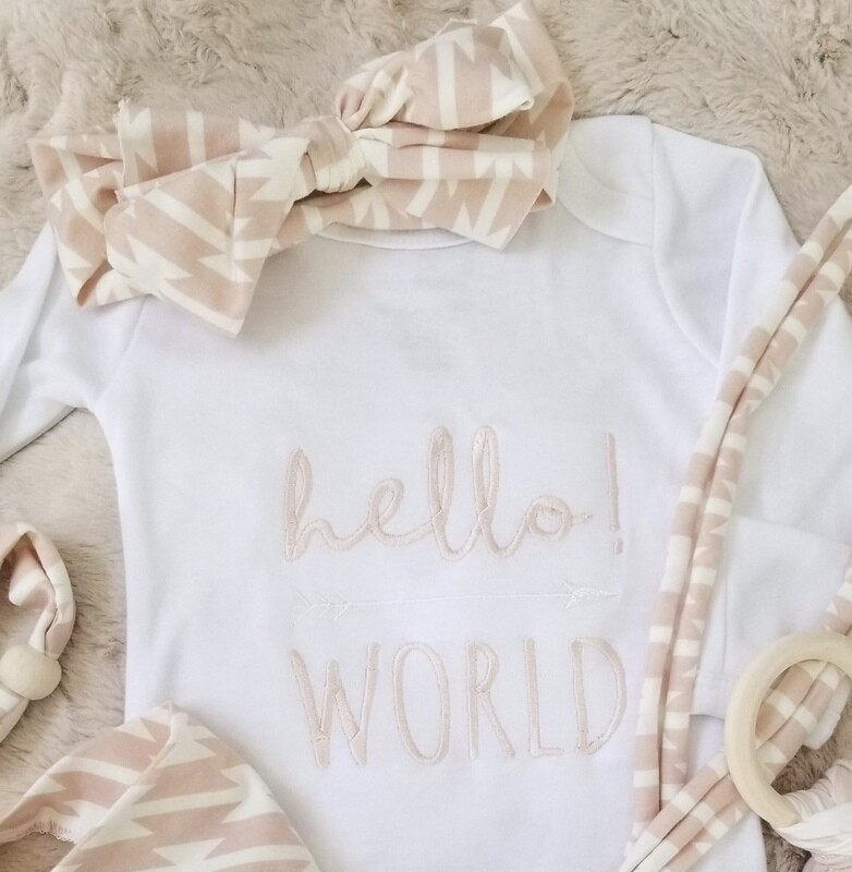 LB Gown Hello World Pink