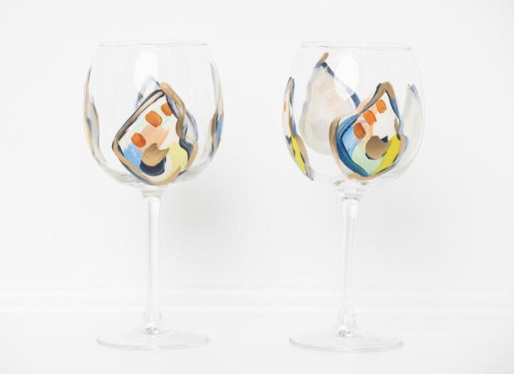 Oyster Stemmed Wine Glass Jazzy