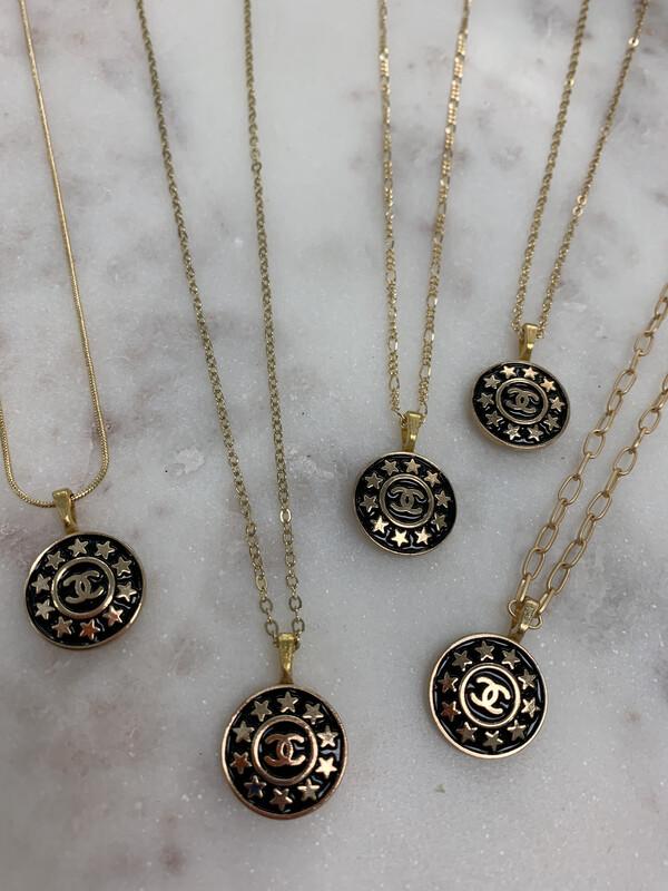 LL Designer Necklace Chanel Black