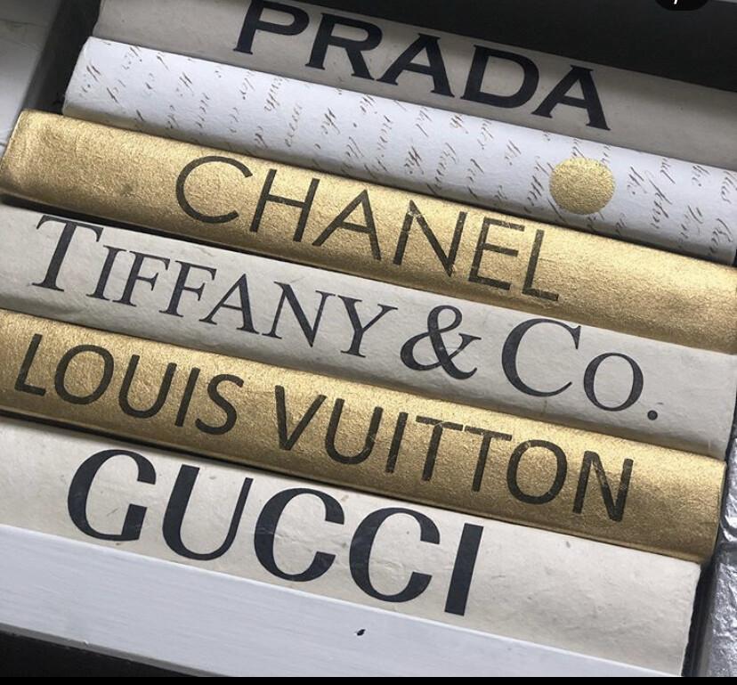 Boutique Book White Gucci