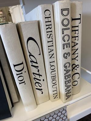 Boutique Book White Doir