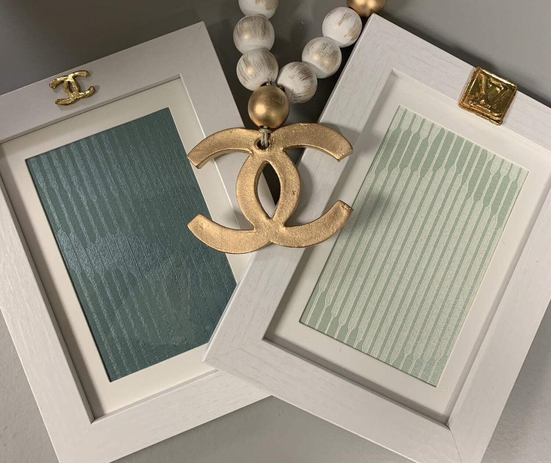 5x7 Designer Frame White Stripe LV