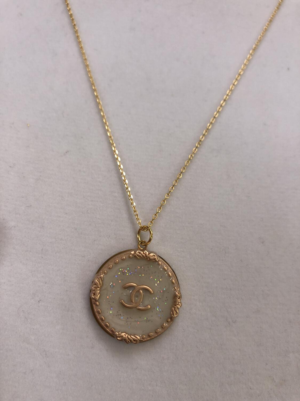BSD Vintage CC Necklace White Pearl Sparkle