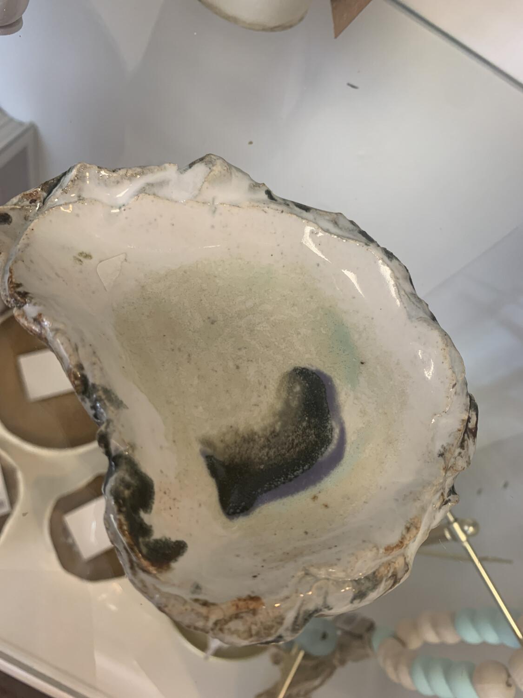 Oyster Decor Piece Medium