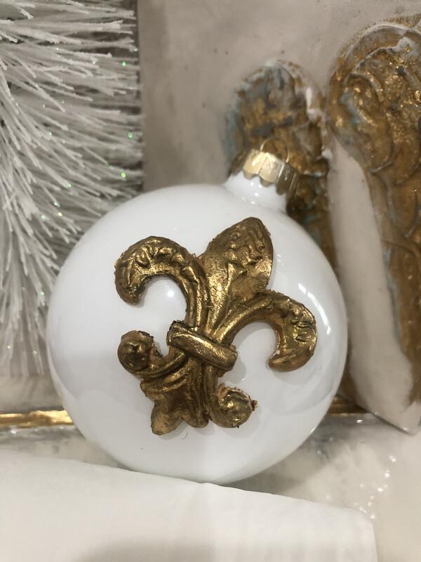 Hand Painted Fleur De Lis Ornament