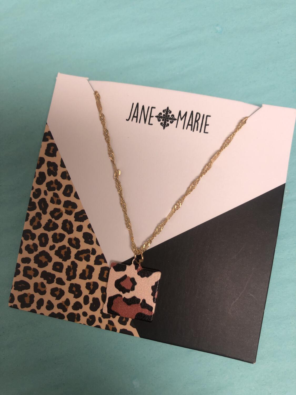 JM Necklace Square Leopard