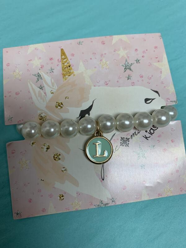 JM Initial Pearl Bracelet L