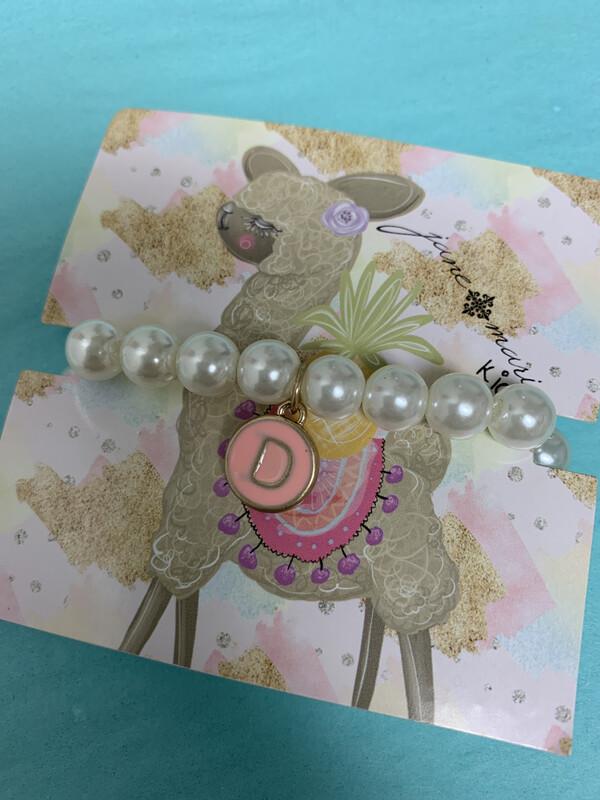 JM Initial Pearl Bracelet D