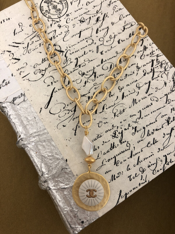 Designer Necklace CC Chunky White