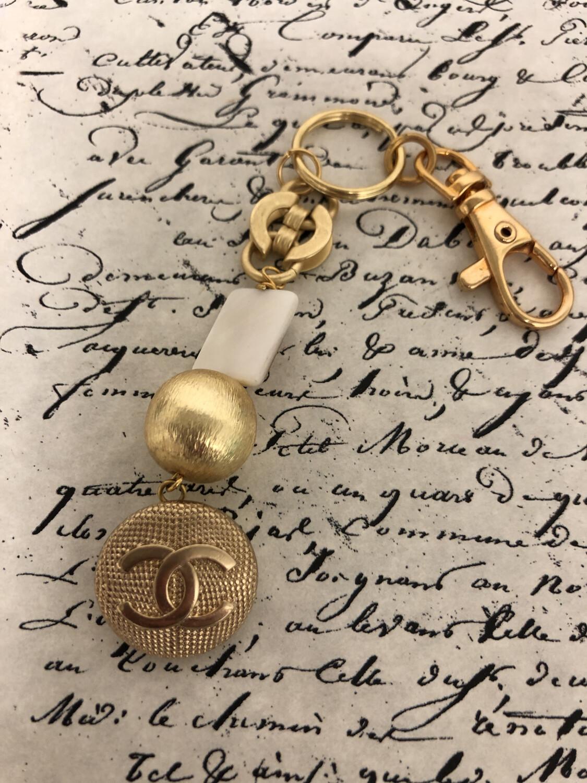 Designer Keychain CC Gold