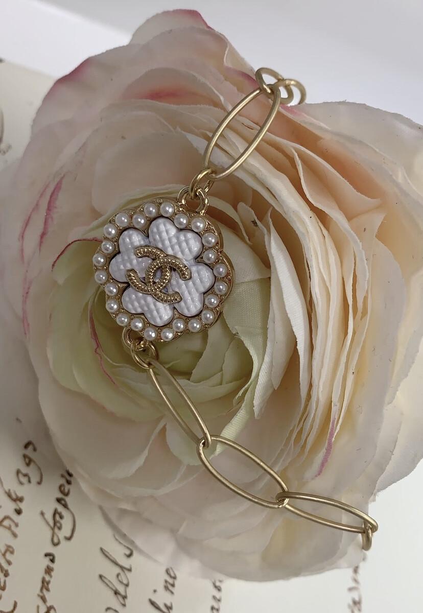 Designer Bracelet Pearl Clover CC