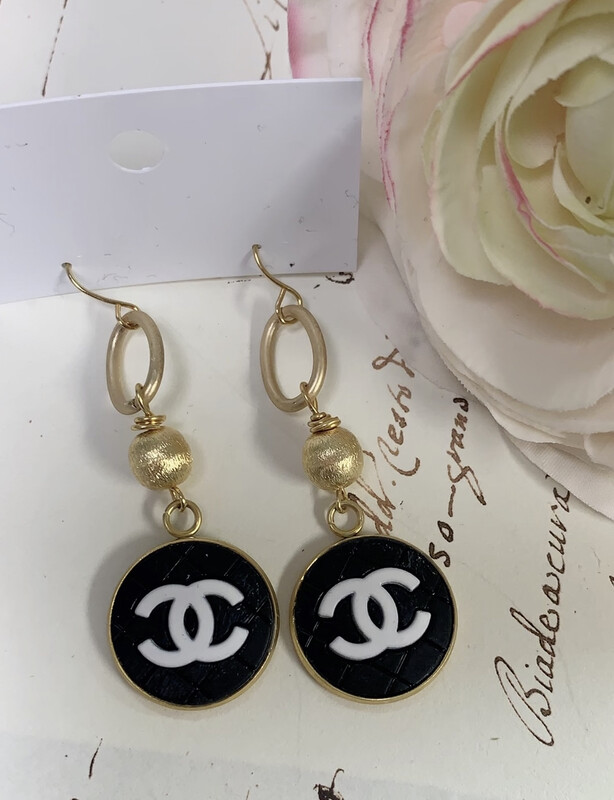 Designer Earrings Black Oval CC