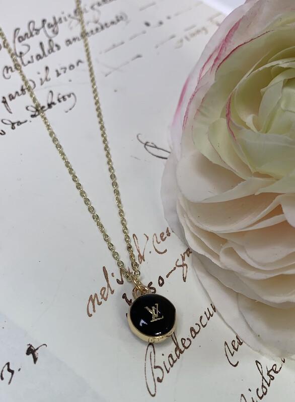 Designer Necklace Petite Black LV