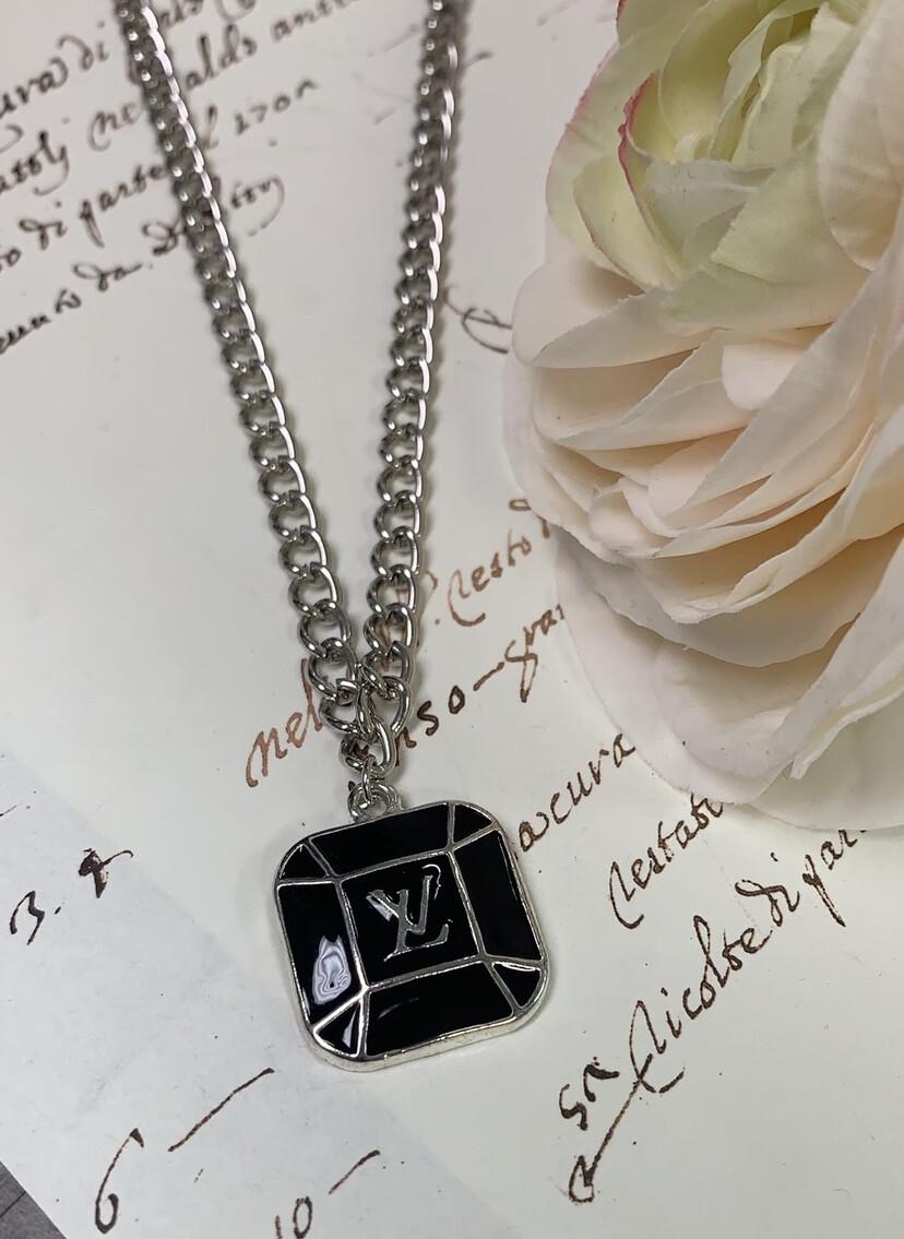 LL Designer Costume Necklace Black LV