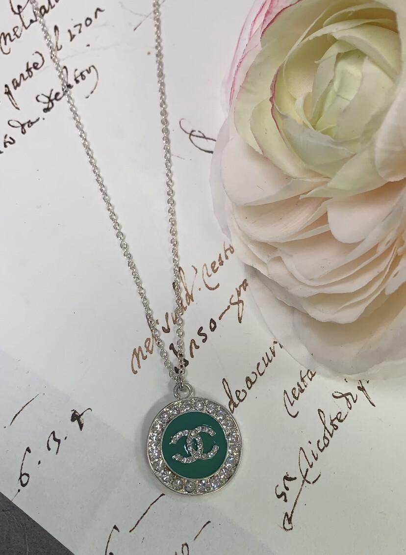 LL Designer Costume Necklace Green CC