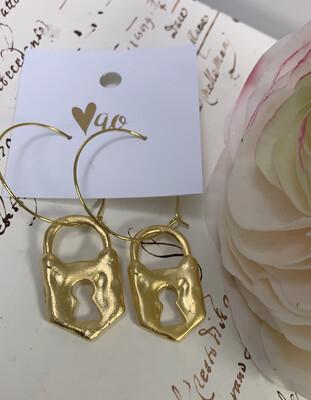 Love AO Earrings Gold Lock Dangle