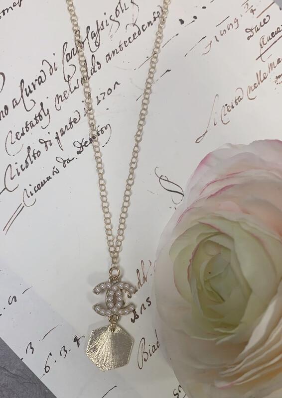 Designer Necklace Pearl CC