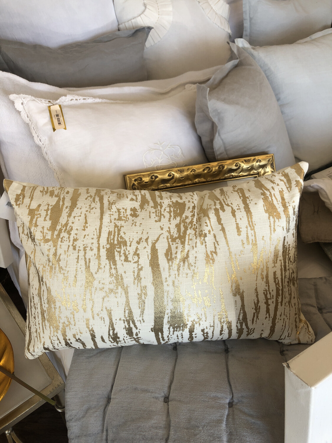 SS 1612 14x22 Pillow Cover Gold