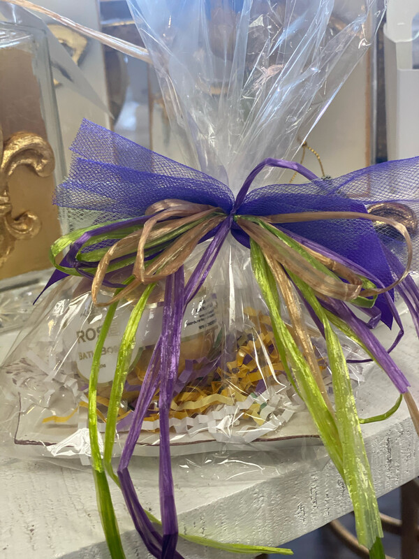 Gold Bath Bomb & Soap Holder Gift Set