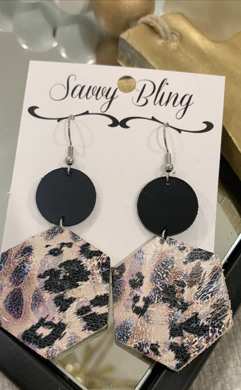 Savvy Earrings Black Leopard