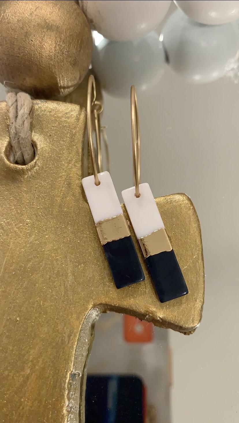 JM Earrings Navy/White Rec Dangle