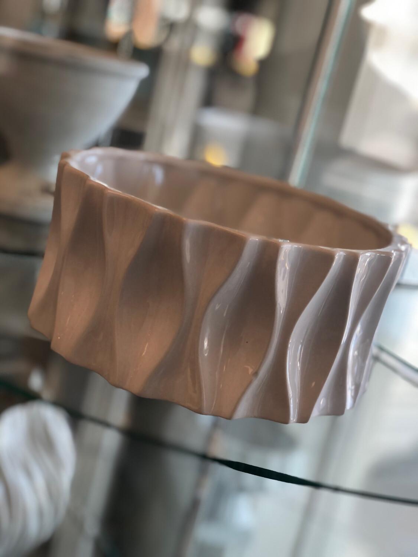 Ut Round Dimpled Pot Large