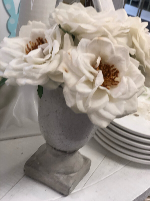 Grey Urn With Flower Set