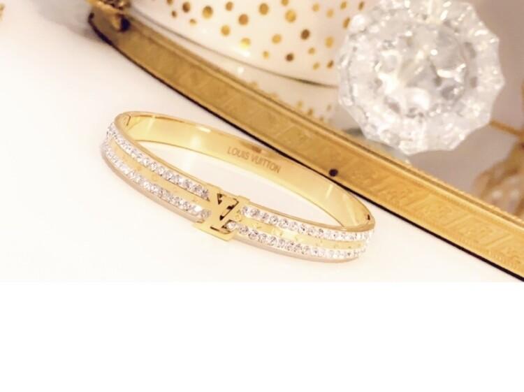 SJ Inspired Bracelet Cuff Diamond LV
