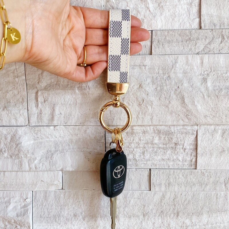 Inspired Luxe Keychain White