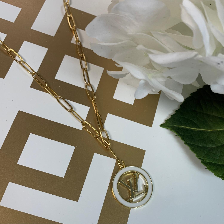 SJ Designer Necklace White Circle Logo LV