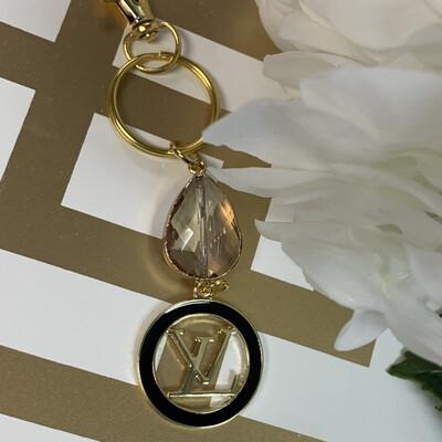 SJ Designer Keychain Black Circle Logo LV