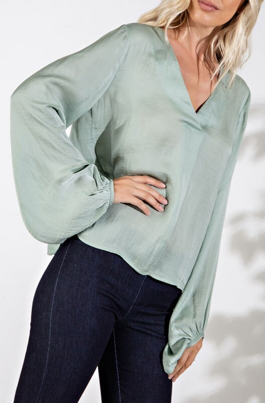 GA Bubble Sleeve Blouse