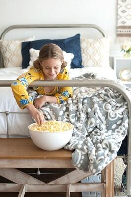 VL Blanket Grey Paisley