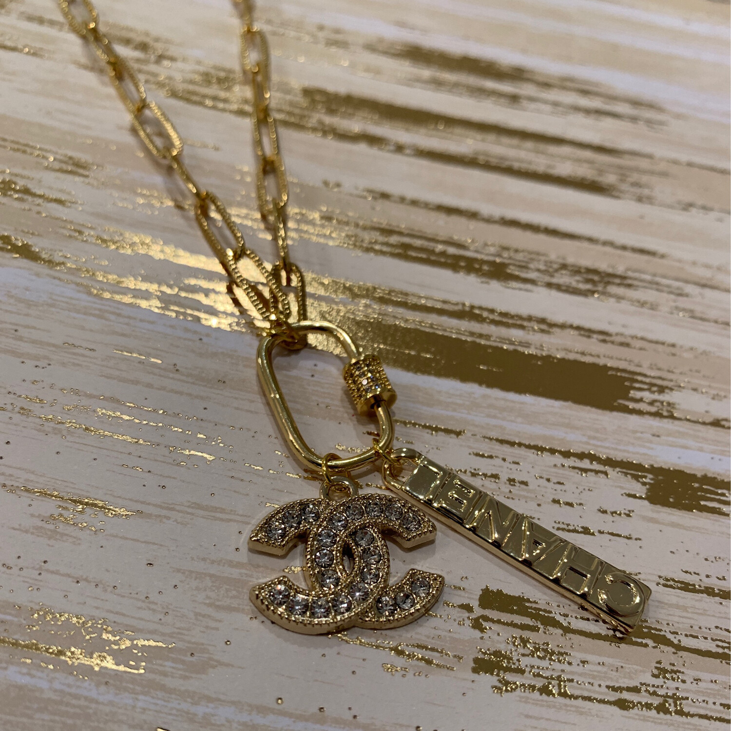 SJ Inspired Necklace  Gold Toggle CC