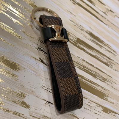 SJ Designer Keychain Brown Check
