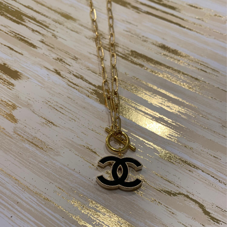 SJ Inspired Necklace Clasp logo Black CC
