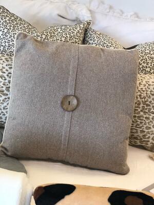 """20"""" Beige Faux Linen Button Pillow"""