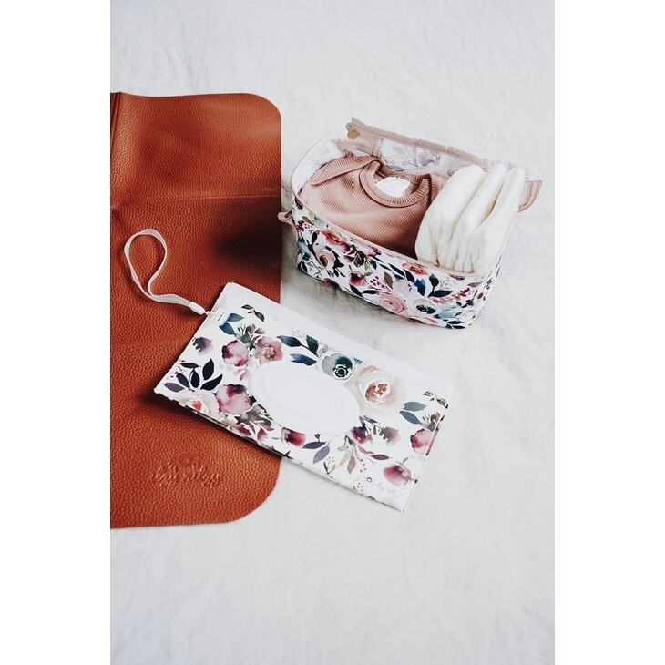 IR Wipes Travel Pouch Floral