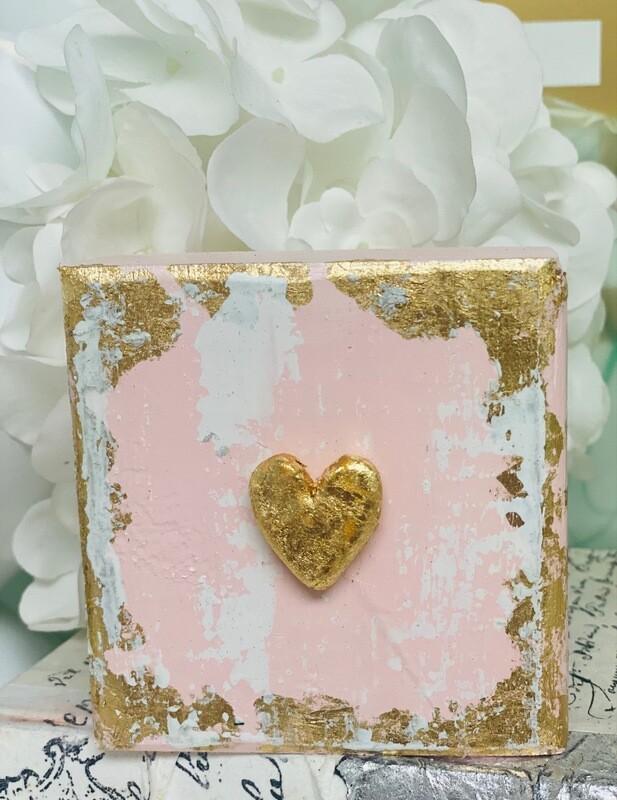 4x4 Wood Block Small Heart Pink