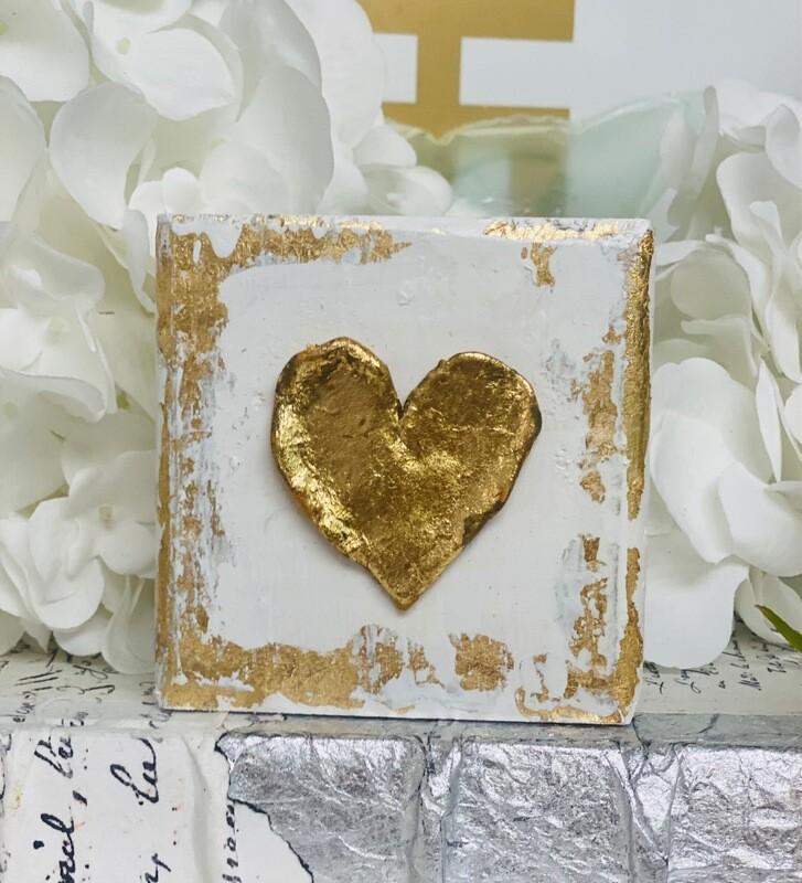 4x4 Wood Block Large Heart White
